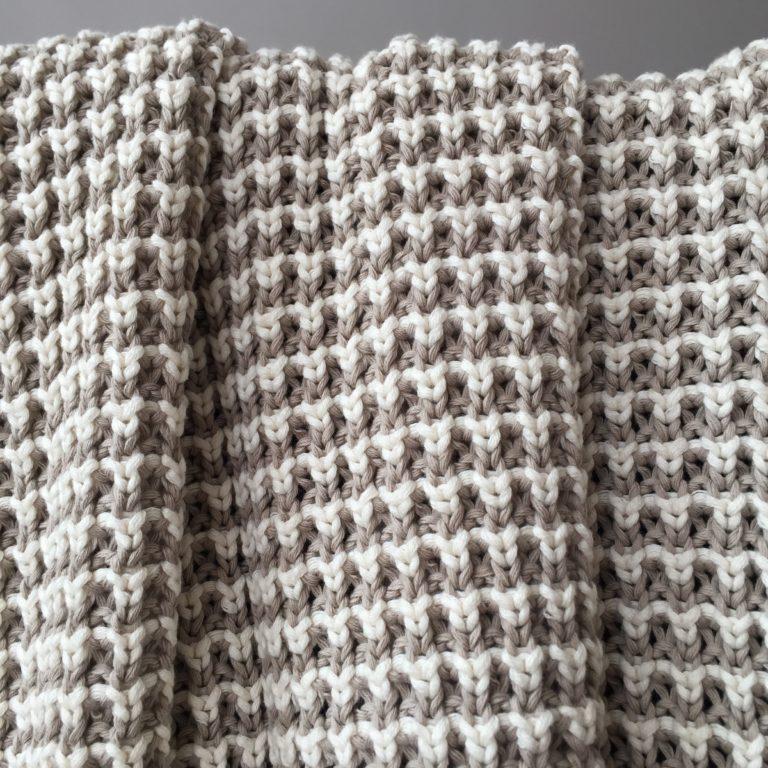 stripey-cotton-throw-sand