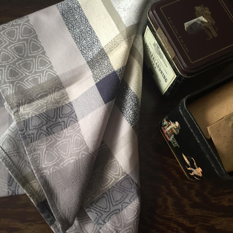 napkin fateba tiles setting